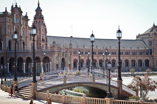 Plaza de España sara augusto 5
